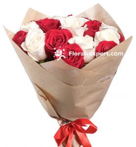 Bouquet of 19 Roses